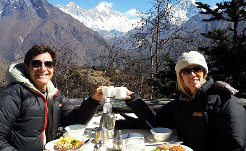 breakfast-at-everest-view-hotel